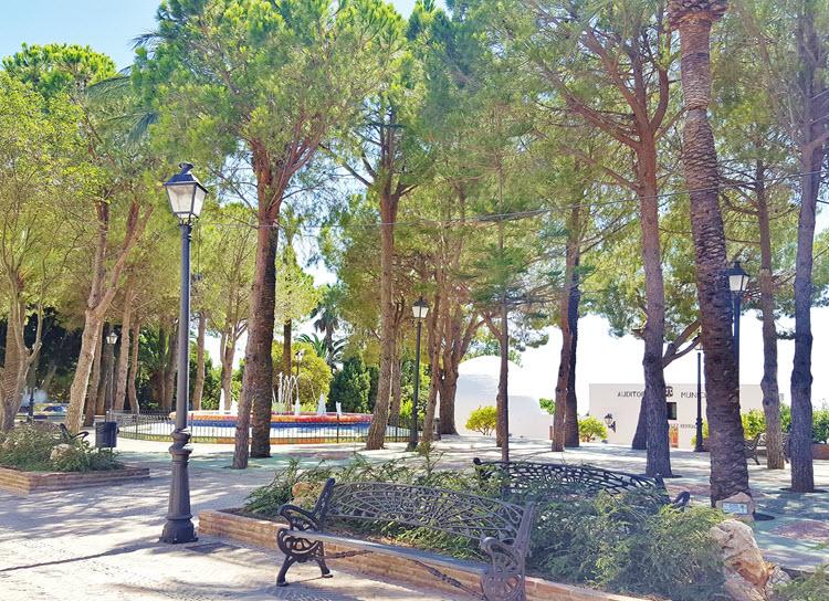 Mijas-Pueblo_Jardines-Muralla1