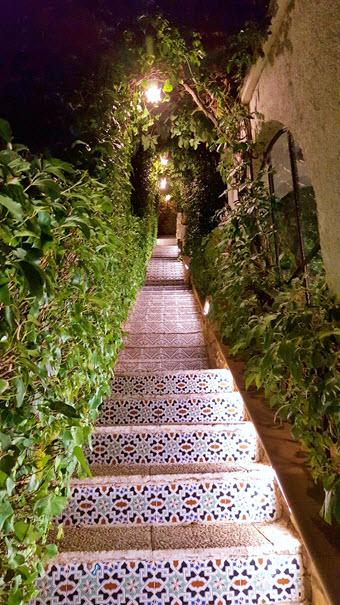 hotel_albamanjon_escaleras